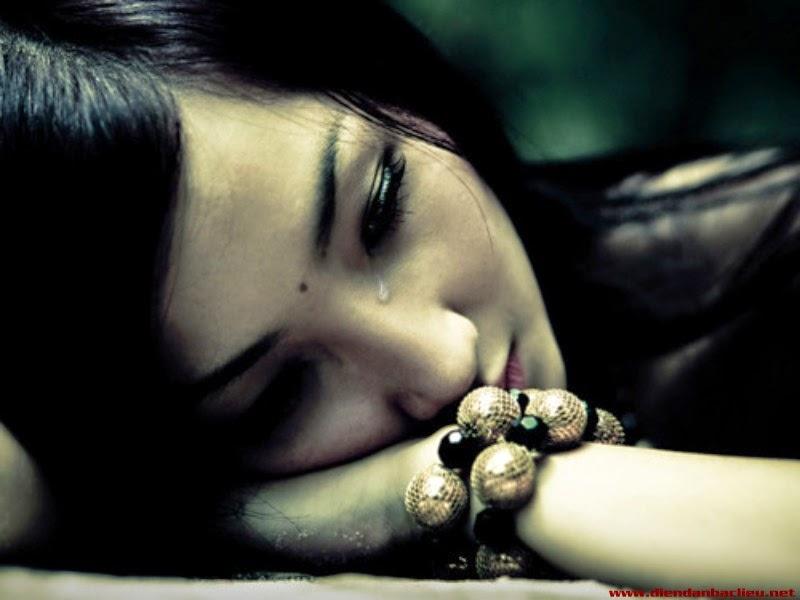 hình nền tình yêu buồn khóc